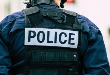 अलबामा पुलिस अधिकारी ने खुदकुशी करने वाले आत्महत्या करने वाले आत्महत्या करने वाले व्यक्ति को दोषी पाया
