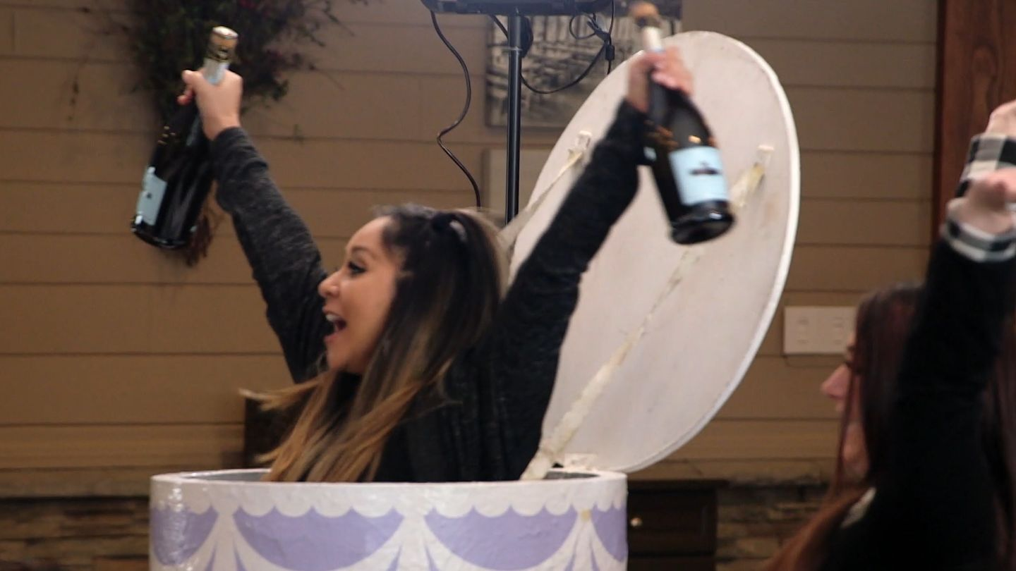 'Party's Here' (Again!): Jersey Shore: Family Vacation Is Back