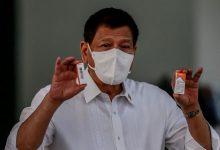 फिलीपीन की अर्थव्यवस्था कोविड -19 . पर डुटर्टे फिडल्स के रूप में एक गड़बड़ है