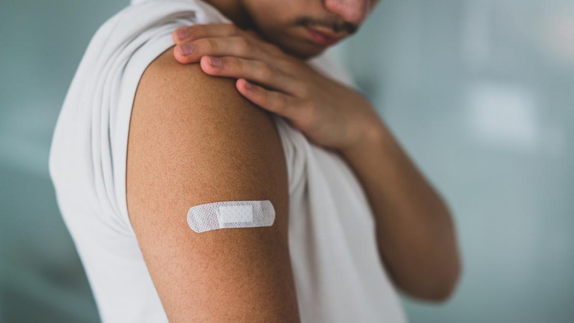 फाइजर कोविड वैक्सीन के बाद सात अमेरिकी किशोरों में दिल की सूजन की सूचना, अध्ययन से पता चलता है
