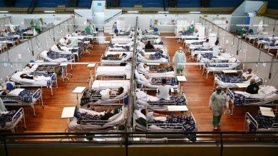 500,000 कोविड मौतों के साथ ब्राजील अब दूसरा देश है – और संक्रमण धीमा नहीं हो रहा है