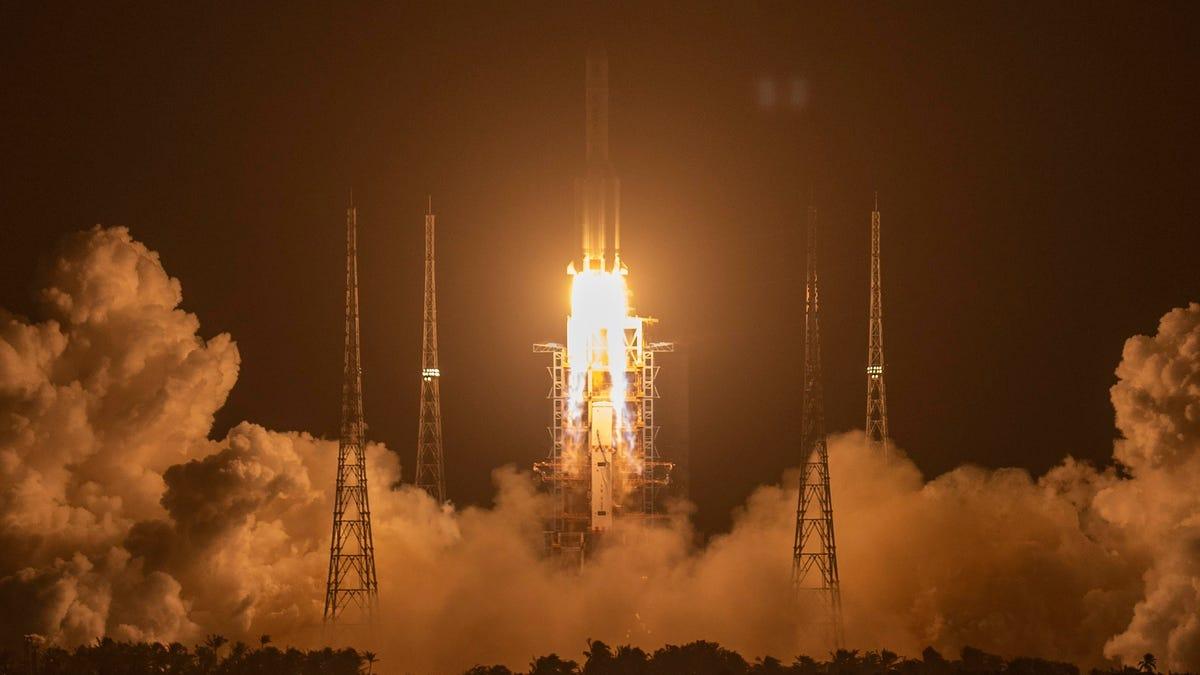 चीनी शोधकर्ता संभावित कयामत के दिन क्षुद्रग्रहों को हटाने के लिए अंतरिक्ष में रॉकेट दागना चाहते हैं