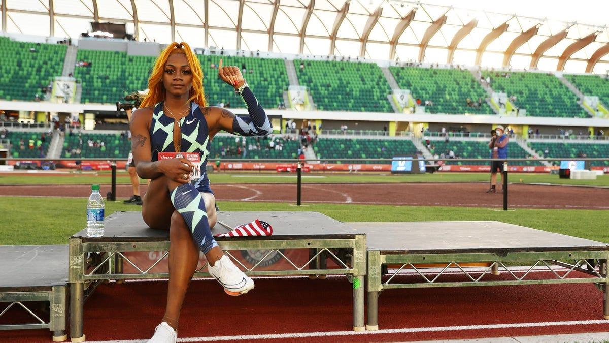 ओलंपिक निष्कासन के रूप में शा'कारी रिचर्डसन को बहाल करने के लिए आधा मिलियन से अधिक साइन याचिका पर नाराजगी जारी है