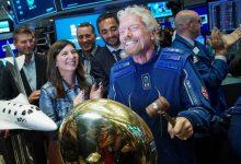 अरबपति ब्रैनसन की वर्जिन गेलेक्टिक फाइलें अंतरिक्ष में पहुंचने के एक दिन बाद स्टॉक में $ 500 मिलियन बेचने के लिए