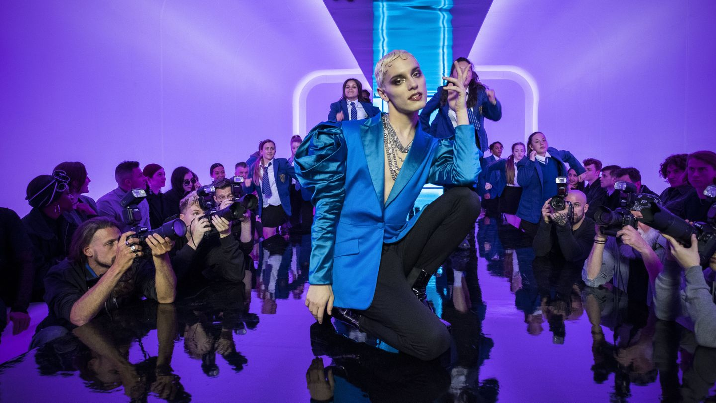 Everybody's Talking About Jamie And His Glamorous Dreams In New Trailer