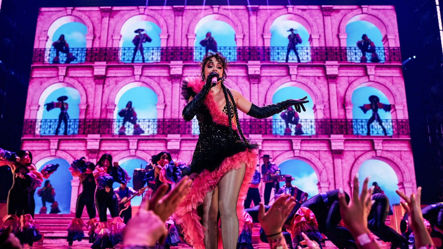 Camila Cabello Brought The Miami Heat To The VMAs With 'Don't Go Yet'