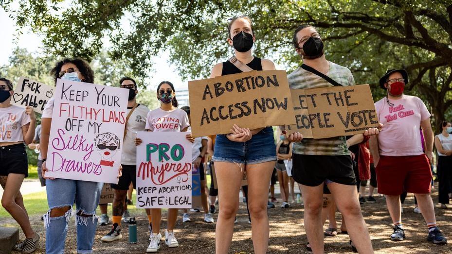 50 से अधिक कंपनियां – येल्प, लिफ़्ट, बेन एंड जेरी सहित – टेक्सास गर्भपात कानून के खिलाफ बोलें