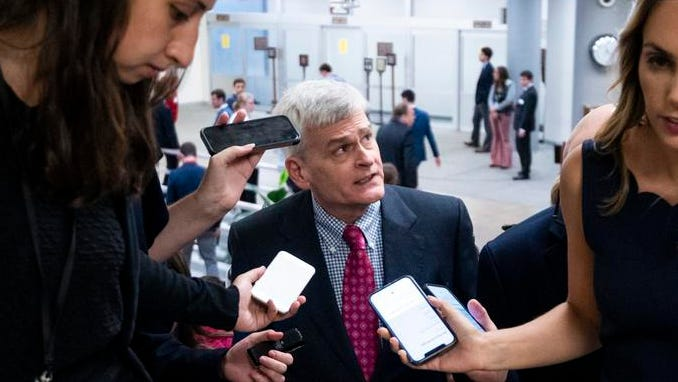 'शुद्ध मूर्खता': $ 1.2 ट्रिलियन इंफ्रास्ट्रक्चर बिल को मारने के प्रयास में रिपब्लिकन ने नेतृत्व के साथ तोड़ दिया